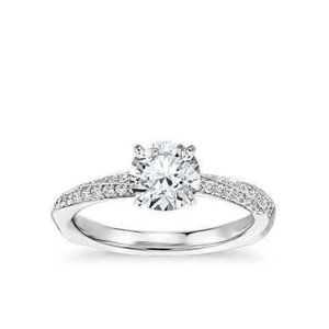1.90 Carats solitaire with accent CVD diamonds Wed